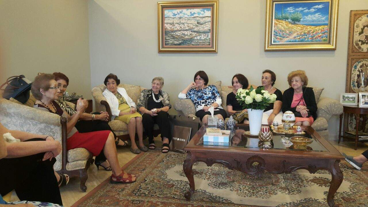 Daniella Teaching Torah to Grandmothers in her home in Panama